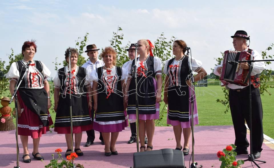 Peknými zemplínskymi piesňami divákov potešila Zbudzanska Soľanka