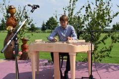 Adam Majvitor sa na cimbal učí vo FS Zemplín
