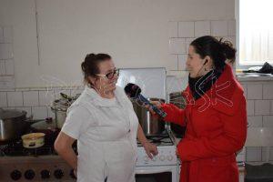 Vedeli ste, že deťom v Petrovciach chutí bryndzová polievka? Prezradila Božena Vajdová